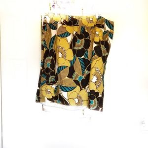 East 5th woman skirt size 22W